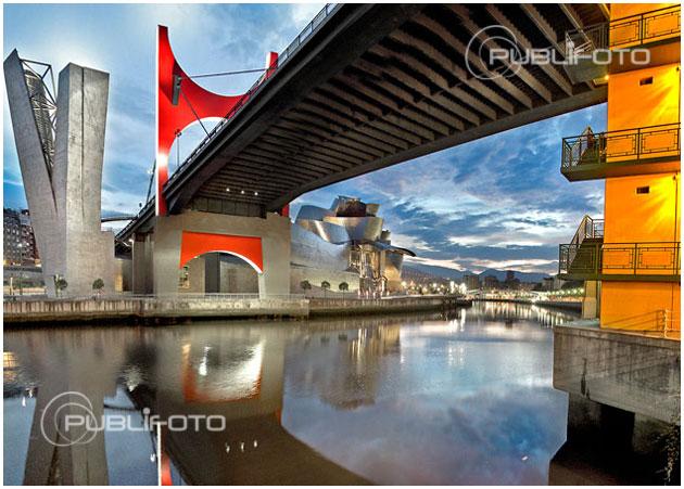 Puente sobre la ría de Bilbao
